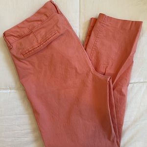 Old Navy Pixie Ankle Pant in Salmon/Pink (Size 8)